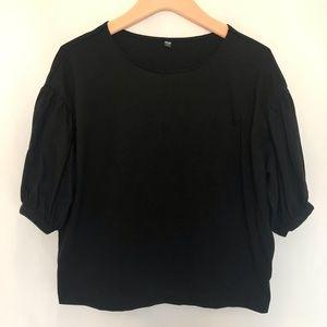 Uniqlo Black Bubble Sleeve Top